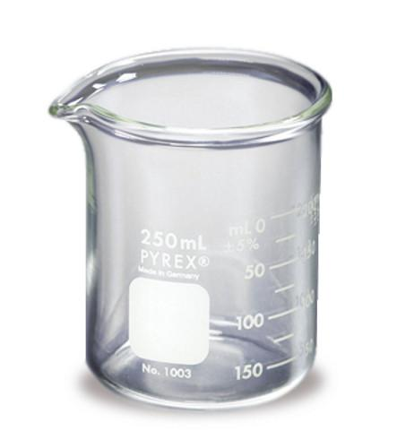 600ml Low Form Heavy-Duty Pyrex® Glass Beaker - Rainhart