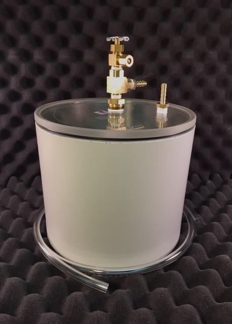 "2000-Gram Capacity Pycnometer, 6"" Deep, with Acrylic Lid"