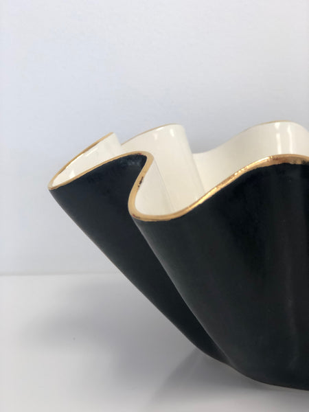 Susan Gordon Ruffle Bowl Black Matte