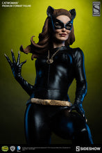 Load image into Gallery viewer, Classic Catwoman Premium Format Statue