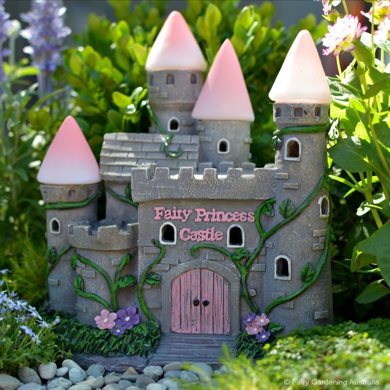 NL04 Fairy Princess Garden