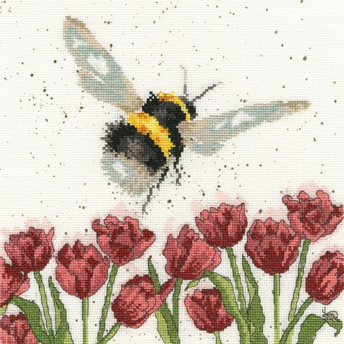 Wrendale Designs - Flight of the Bumblebee