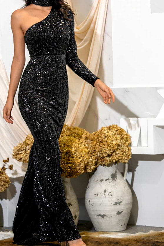One Sleeve Sequin Gown - Black / M - Clothing