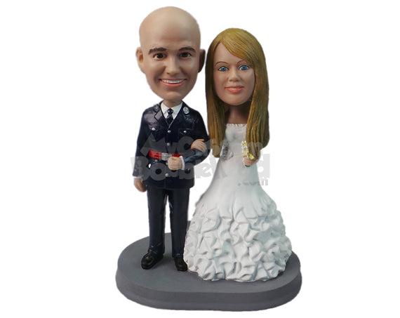Custom Bobblehead Army And Military Wedding Couple - Wedding & Couples Couple Personalized Bobblehead & Cake Topper