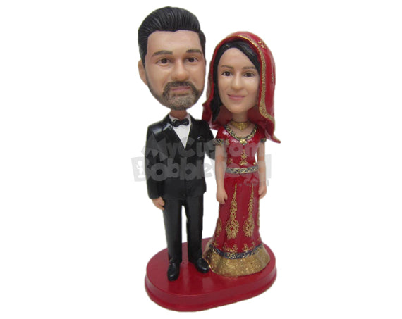 Custom Bobblehead Indian Wedding Couple In Traditional Indian Wedding Outfit - Wedding & Couples Couple Personalized Bobblehead & Cake Topper