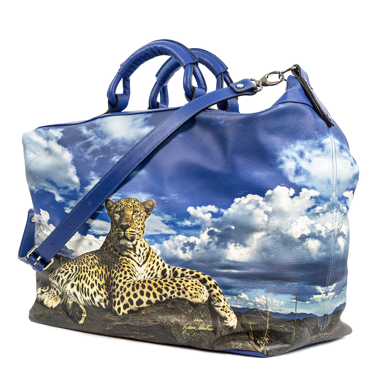 Travel Leopardo