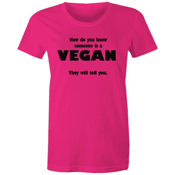 How to Tell a VEGAN - Sportage Surf - Womens T-shirt |