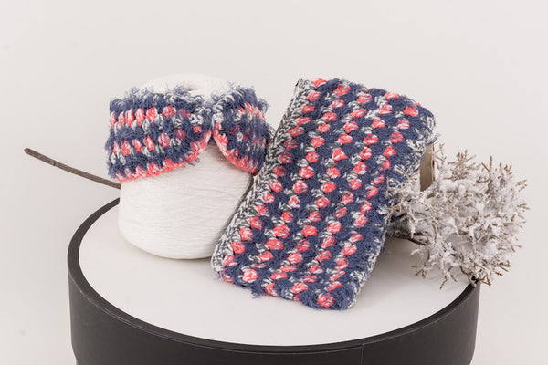 22 Factor | Hola Crochet Headband & Clutch Schausse Pink Gift Set