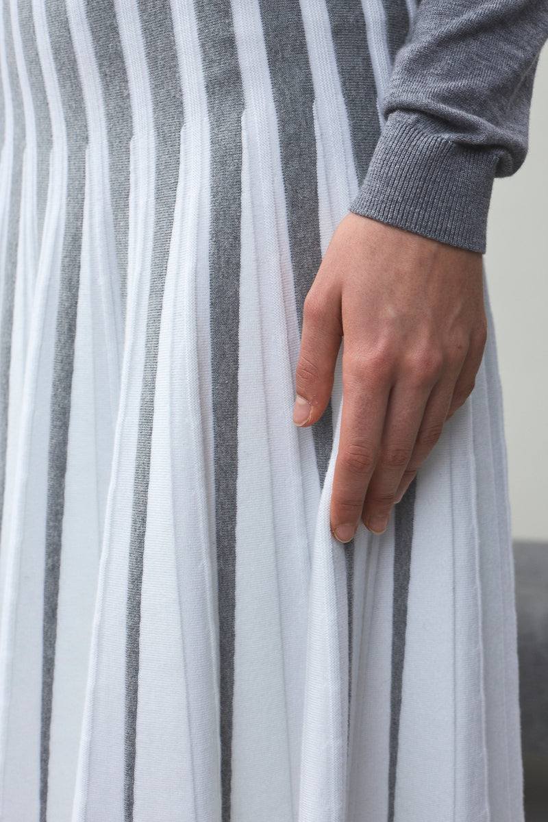 Ellen Two Tone Radiant Knitted Skirt Grey x Ivory Stripes | 22 Factor | ECO-LUXE knitwear
