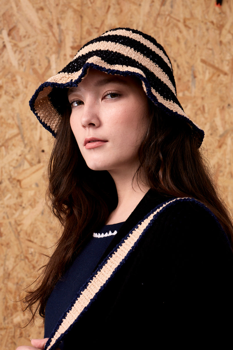 Mina Crochet Hat Beige x Black | 22 Factor | ECO-LUXE knitwear