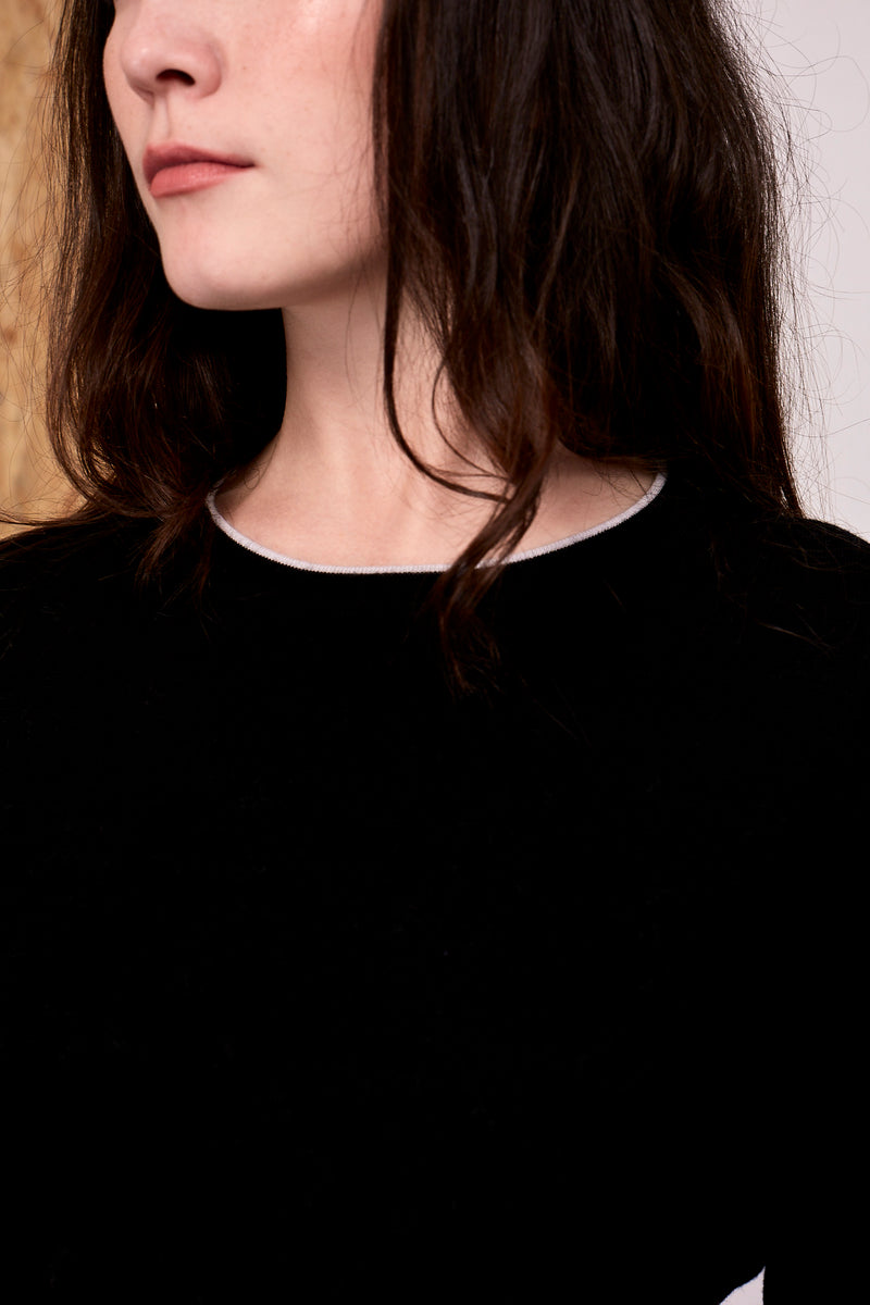 Khione Merino Bell Sleeved Crew Black | 22 Factor | ECO-LUXE knitwear