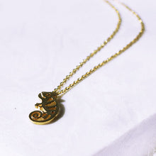 Load image into Gallery viewer, Chameleon Necklace