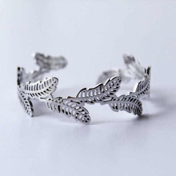 Leaf Cutout Bangle