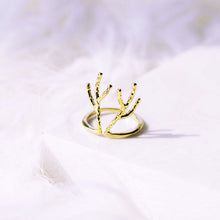 Load image into Gallery viewer, Antler Ring