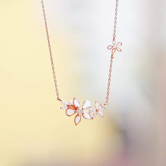 Lily Blossom Necklace