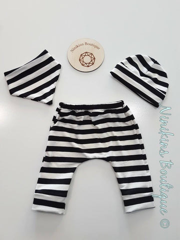 3 Piece Sets - Black and White Stripes Size: 000