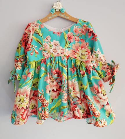 Bristol Top/Dress- Flowers in the Meadow Size: 6