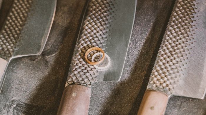 Enso Rings salutes Chelsea Miller, master of repurposing old tools to make beautiful knives