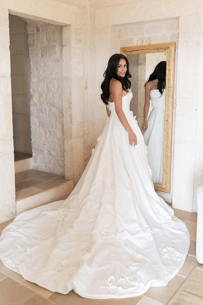 2021-strapless-flowers-wedding-gown-with-chapel-train-1