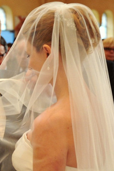2T Tulle Wide Ribbon Edge Wedding Veil with Comb