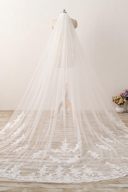 Double Tiers Tulle Wedding Veil Elbow Length