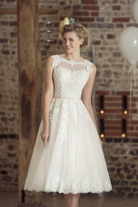 Spaghetti Straps Satin Short Wedding Gown with Pockets
