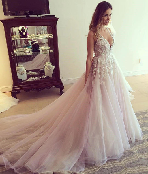 a-line-floral-lace-v-neckline-prom-dresses-with-chapel-train-2