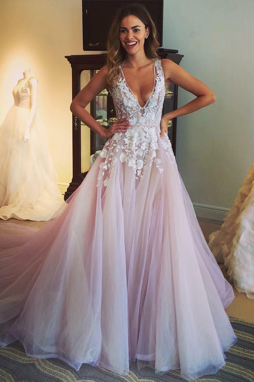 a-line-floral-lace-v-neckline-prom-dresses-with-chapel-train