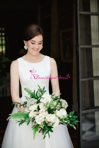 sleeveless-bridal-gown