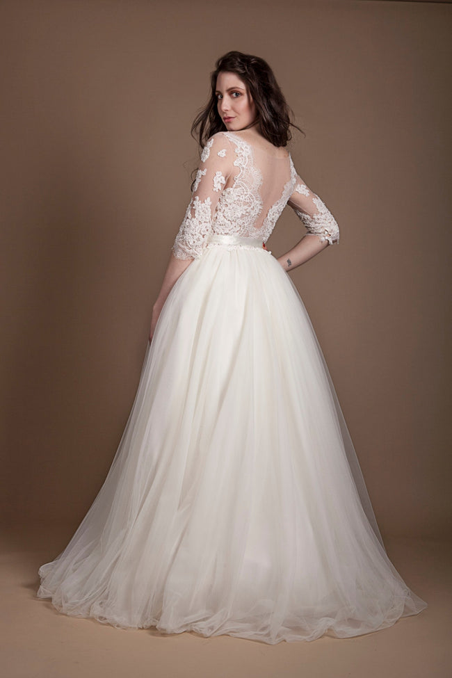 appliques-illusion-neckline-plus-size-wedding-gown-with-sleeves-1