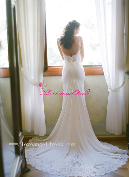 destination-wedding-gown-with-spaghetti-straps