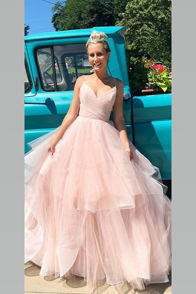 blush-pink-bride-wedding-dress-with-puffy-tulle-skirt