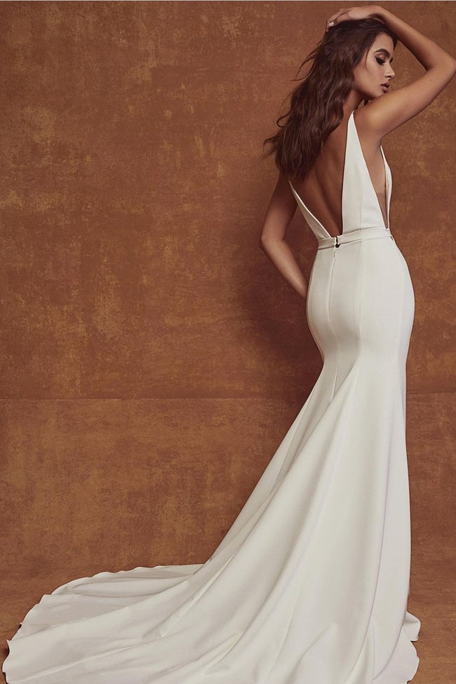 chic-sheath-outdoor-bridal-gown-with-v-neckline-1