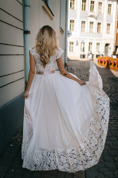 chiffon-boho-wedding-dress-with-lace-top-and-hemline-2