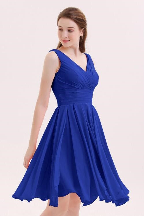 chiffon-royal-blue-bridesmaid-short-dresses-with-v-neckline