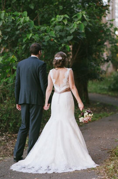 classic-fit&flare-lace-wedding-dresses