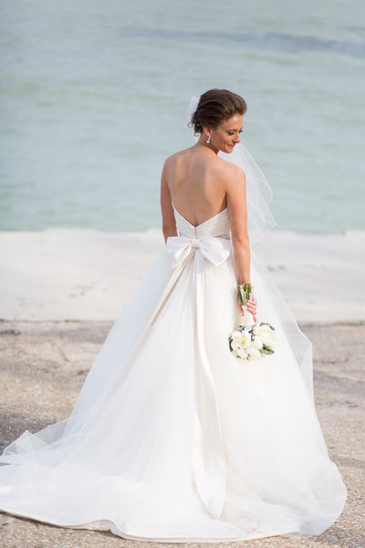 classic-ivory-wedding-dresses-with-big-bow-back