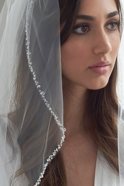 elbow-length-beaded-crystal-wedding-veil-1-layer-in-ivory