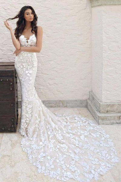 Floral Lace Mermaid Wedding Gown with Dramantic Train