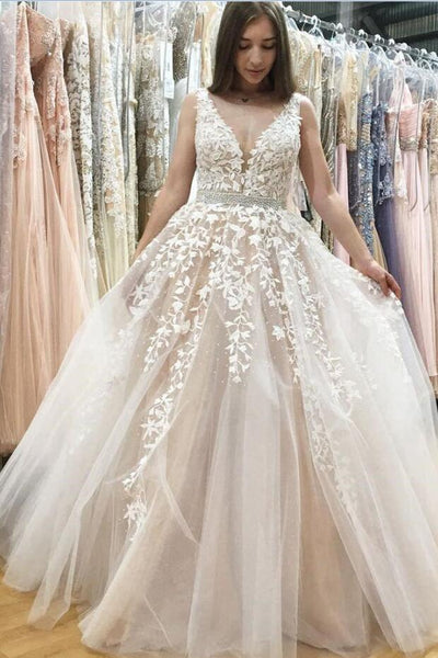 floral-lace-wedding-gowns-with-plunging-v-neckline-vestido-novia