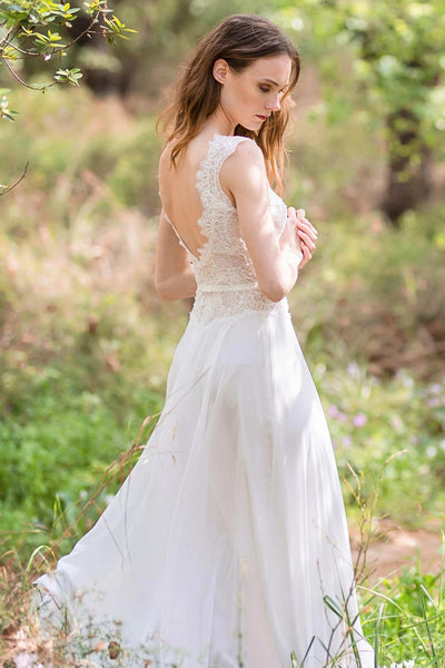 gentle-lace-garden-wedding-dresses-with-chiffon-skirt-1