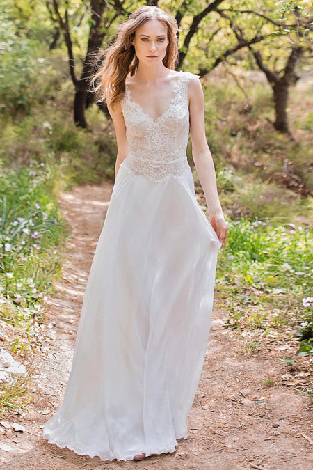 White Lace Garden Wedding Dresses Capped Sleeves