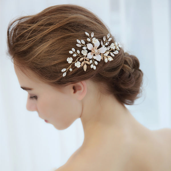 gold-leaf-hairpiece-crystals-wedding-hair-comb