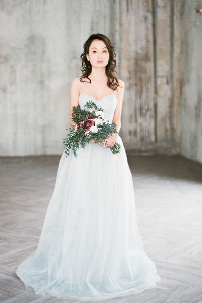 gray-blue-chantilly-lace-wedding-dresses-tulle-skirt-1