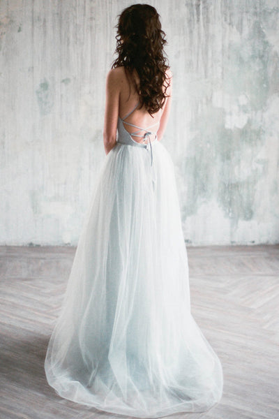 gray-blue-chantilly-lace-wedding-dresses-tulle-skirt-2