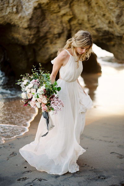 halter-strap-casual-wedding-dress-for-beach-1