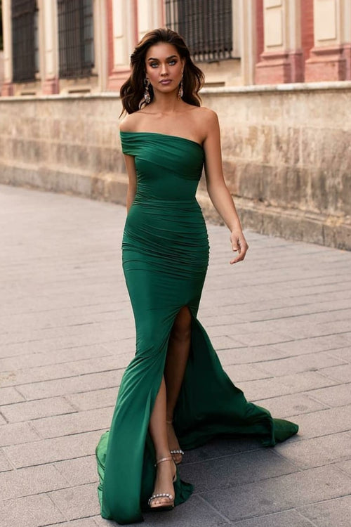 irregular-one-shoulder-green-prom-gowns-with-slim-fit-bodice