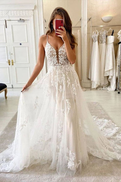 ivory-tulle-floral-lace-wedding-dresses-with-plunging-neckline