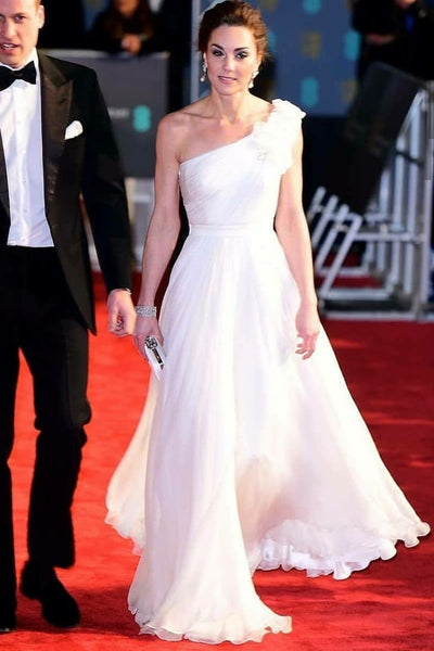 kate-middleton-chiffon-evening-dress-with-single-shoulder-design