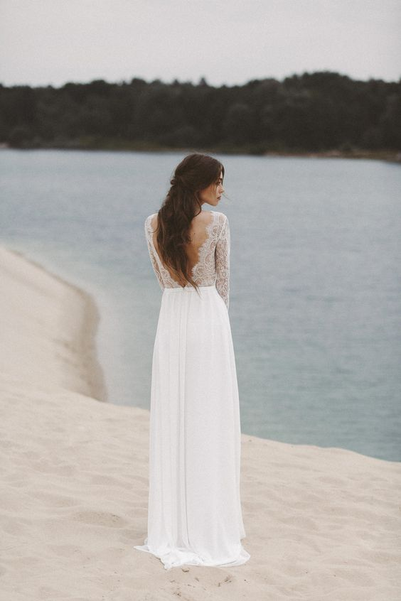 lace-long-sleeves-summer-wedding-gown-with-v-neckline-1